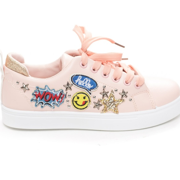 Soho Girls Shoes Womens Lace Up Embroidery Emoji Action Sneaker